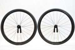 BONTRAGER 「ボントレガー」 AFFINITY TLR CL DISC ホイールセット